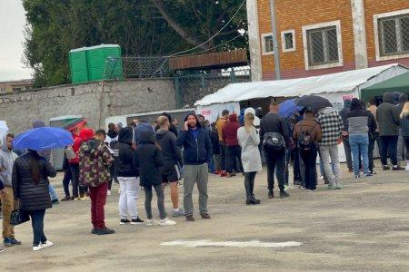 Ce se intampla ACUM la Hunedoara: cozi imense la testare + 8.000 de fani asteptati la stadion