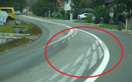 Lucrari de tot rasul pe un drum din Bistrita. Marcajele rutiere par desenate de copii