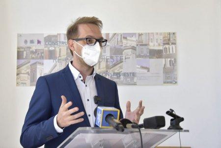 Dominic Fritz: Cer imperativ Guvernului ca persoanelor care s-au vaccinat sa nu le fie aplicate restrictiile