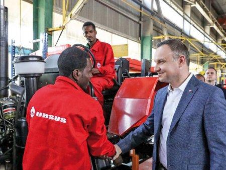 Companiile din Polonia si Ungaria fac pasi mici, dar importanti, in a se extinde, investi si construi fabrici in tarile din <span style='background:#EDF514'>AFRICA</span>