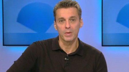 Scena neasteptata la Antena 3: Mircea Badea a recitat o poezie de dra<span style='background:#EDF514'>GOST</span>e