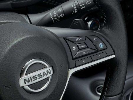 Badsi, dealerul Nissan controlate de familia Badea, a vandut intr-un contract sale & leaseback centrul auto din Pipera catre Nusco. Badsi vrea sa investeasca intr-un nou concept auto, Nusco a ajuns sa detina toata platforma