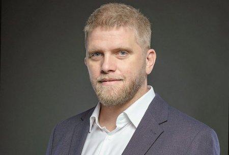 ZF IT Generation. Start-up Boost. Matei Dumitrescu, Commons Accel - program de accelerare pentru start-up-uri: Circa 15 proiecte care au urmat pana acum programul au luat finantari. In total am avut peste 150 de participanti