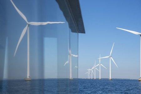 Danezii de la European Energy pariaza pe Romania si deschid o sucursala la Bucuresti, coordonata de Ioannis Kalapodas: Romania se pregateste pentru o crestere semnificativa in zona regenerabilelor, ceea ce va conduce la o transformare majora a sectorului energetic local