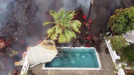VIDEO Eruptia vulcanului din La Palma. Lava a distrus o piscina, imagini surprinse cu drona
