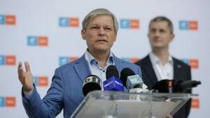 Ciolos castiga in fata lui Barna primul vot pentru sefia USR PLUS