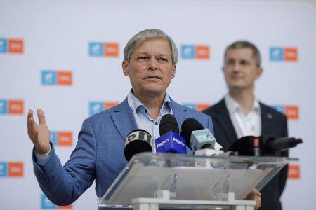 Dacian Ciolos a castigat in fata lui Barna primul vot pentru sefia USR PLUS. Va urma turul al doilea