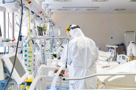 Doar 21 de paturi ATI libere pentru pacientii COVID in tara. Cate sunt in Bucuresti