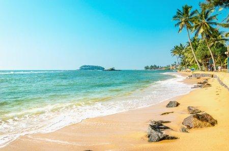 Experiment in pandemie. O insula din Caraibe s-a deschis doar pentru turistii cu bani, care vor sa stea aici cel putin doua luni