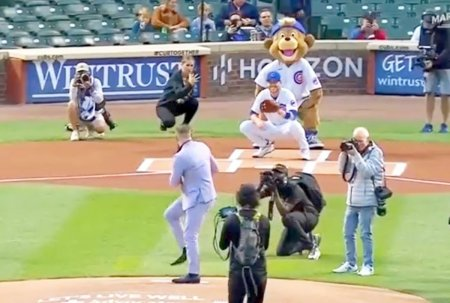 Conor McGregor si cea mai proasta aruncare din istoria baseball-ului » Irlandezul s-a facut de ras la un meci din MLB
