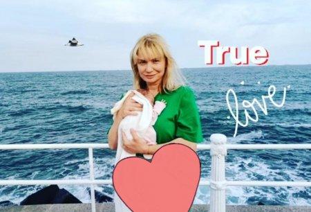 Cristina Cioran spune prin ce a trecut cand a nascut prematur: