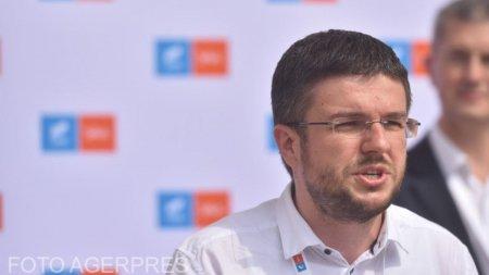 Acuzatii de frauda dupa ce Ciolos a castigat primul tur al alegerilor din USR-PLUS