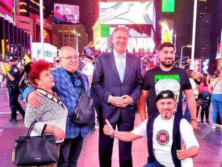 Sedinta foto cu presedintele Klaus Iohannis si manelisti la New York, virala