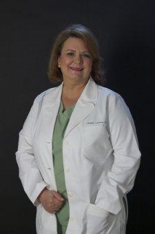 Gala <span style='background:#EDF514'>TOP 100</span> femei de succes. Premiul la Categoria Medicina merge la Mihaela Leventer, fondatoarea clinicii Dr. Leventer Centre