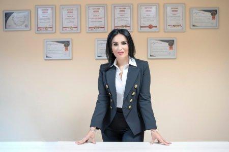 Gala Top 100 femei de succes. Premiul pentru categoria Afaceri merge la Loredana Apreutese, Vicepresedinte International Alexander Holding