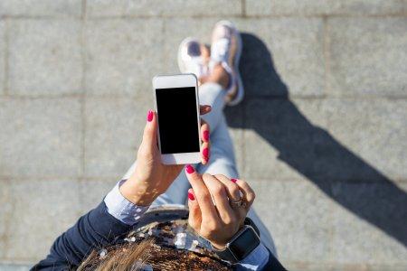 Anuntul momentului pentru ce care au telefoane mobile! Decizia care da <span style='background:#EDF514'>TOTUL</span> peste cap in Europa
