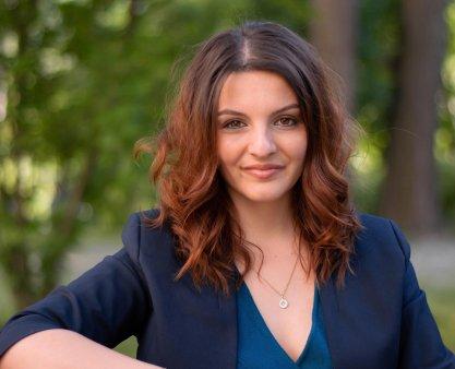 INTERVIU. Cele doua vieti ale Anei-Maria Trasnea, tanara de 27 de ani de origine romana care candideaza pentru Parlamentul german