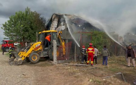 Doua fetite au pornit un incendiu de proportii dupa ce s-au jucat cu focul. Este a treia oara cand dau foc