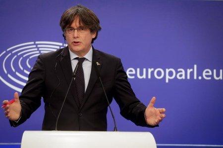Liderul separatist catalan Carles Puigdemont, arestat la sosirea in Sardinia: Calatorea ca deputat european