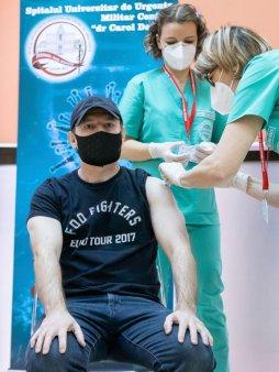 Vlad Voiculescu: Exista din ianuarie o strategie de comunicare pentru campania de vaccinare, Citu a ales sa nu o adopte