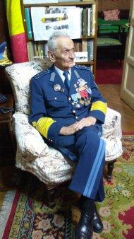 Romania a pierdut un erou din cel de-al Doilea Razboi Mondial. Mesajul Armatei pentru ultimul as al Aviatiei