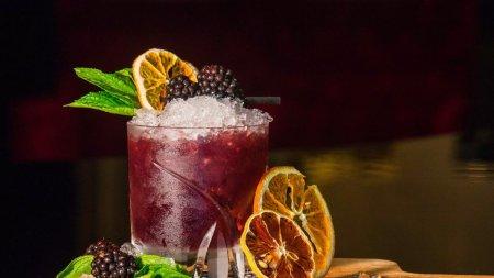 Retete de cocktailuri celebre pe care sa le incerci acasa