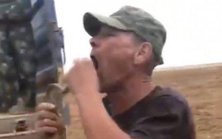FOTO. Un fermier din Rusia <span style='background:#EDF514'>A MURIT</span> dupa ce a vrut sa inghita o vipera de stepa. Limba abia ii mai incapea in gura