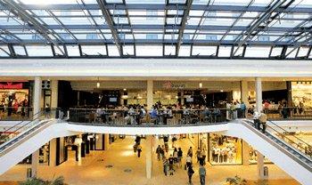 Raed Arafat, pe intelesul tuturor: Ce ti se intampla la mall