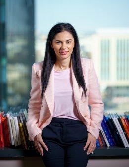 Alina Gamauf, <span style='background:#EDF514'>CARREFOUR</span>, castiga un premiu special la categoria Management: Toate experientele te invata ceva