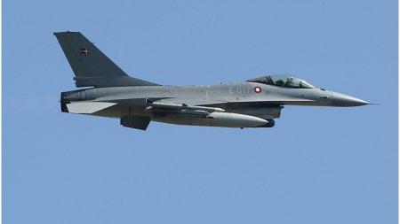<span style='background:#EDF514'>AVIOANE</span> militare ruse au fost interceptate in apropierea spatiului aerian al Romaniei