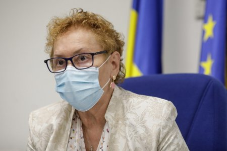 Renate Weber, castigatoarea categoriei Politica la Gala Top 100 Femei de Succes, despre protejarea drepturilor si li<span style='background:#EDF514'>BERTA</span>tilor romanilor