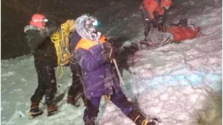 Cinci alpinisti rusi au murit dupa ce au fost prinsi intr-o furtuna de zapada