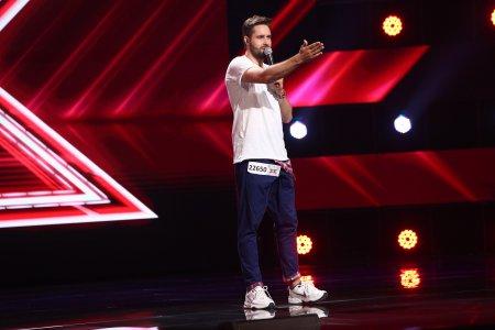 X Factor 2021, 24 septembrie. Daniel Chodyna a venit sa-si sustina amicul, dar a cantat si el piesa Can't stop the feeling