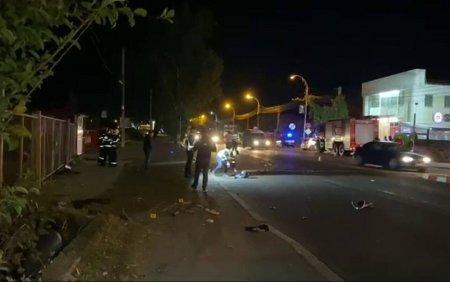 <span style='background:#EDF514'>UN MOTOCICLIST</span> si-a pierdut viata dupa ce s-a izbit violent de o masina, in Targoviste