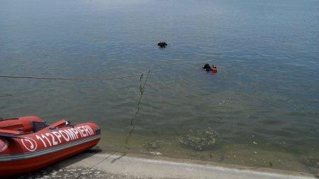 O masina a cazut in Dunare, iar o persoana <span style='background:#EDF514'>A MURIT</span>