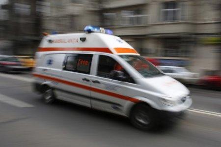 Noapte de foc la Spitalul de Boli Infectioase din Iasi: Ambulantele au stat la coada in curte