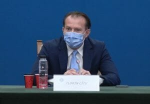 HAOS la Congresul PNL. Se cere DEMISIA lui Florin Citu. Premierul e <span style='background:#EDF514'>HUIDU</span>it pe scena