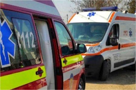 10 persoane, intre care un copil, implicate intr-un accident pe DN 1B, in Prahova. Cinci raniti au ajuns la spital