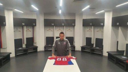Un fost coleg cu Adi Popa la FCSB, atac subtil la mijlocas dupa ce acesta a semnat cu CSA Steaua: Nu ma dezic de unde am jucat. Ultima oara, el a avut mai mare nevoie de club, nu invers!