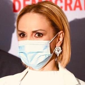 <span style='background:#EDF514'>GABRIELA</span> FIREA: 'Dupa spectacolul grotesc de azi, de la Congresul PNL, umeaza restrictii de toate felurile'
