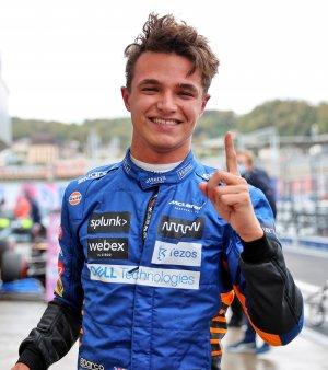 Pole position pentru Norris de la McLaren in Rusia. Primul din cariera