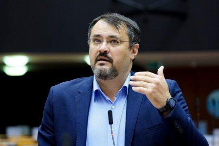 Cristian Ghinea confirma propunerea lui Florin Citu de a ramane ministru. A refuzat, dar va participa la semnarea PNRR