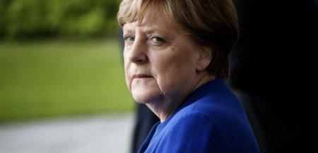 Merkel a indemnat la vot pentru conservatorul Armin Laschet, in numele viitorului Germaniei