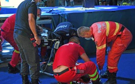 VIDEO. Incident la Congresul PNL: un delegat a cazut prin podeaua scenei <span style='background:#EDF514'>MODULAR</span>e