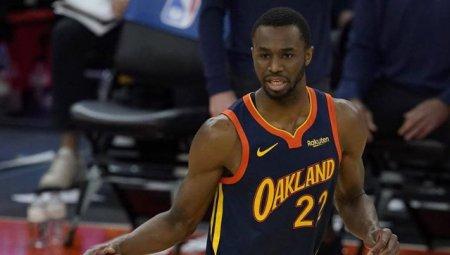 NBA ameninta un baschetbalist ca nu va putea juca pe teren propriu, daca nu se <span style='background:#EDF514'>VACCIN</span>eaza