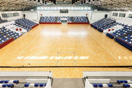 Sala polivalenta de peste 5 milioane de euro, inaugurata intr-un oras cu 30.000 de locuitorui: E cea mai moderna din tara