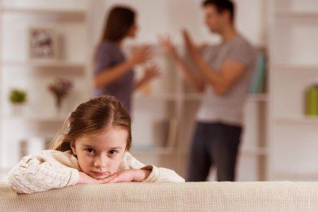 IN A RELATIONSHIP. Ce trebuie sa faca parintii care divorteaza ca sa-si protejeze copiii