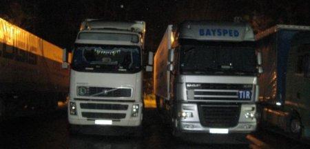 Marea Britanie: Cozi lungi la benzinarii si rationalizarea vanzarilor de carburanti, din cauza lipsei acute de soferi de camioane