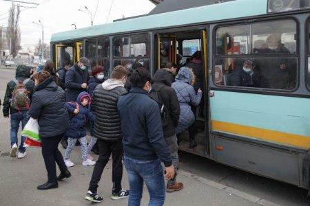 Ce reguli trebuie sa respecte bucurestenii in mijloacele de transport in comun, in contextul valului patru al pandemiei