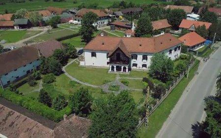 Ținutul celor 100 de castele si conace, e sloganul sub care proprietarii din Covasna invita turistii sa le descopere povestea